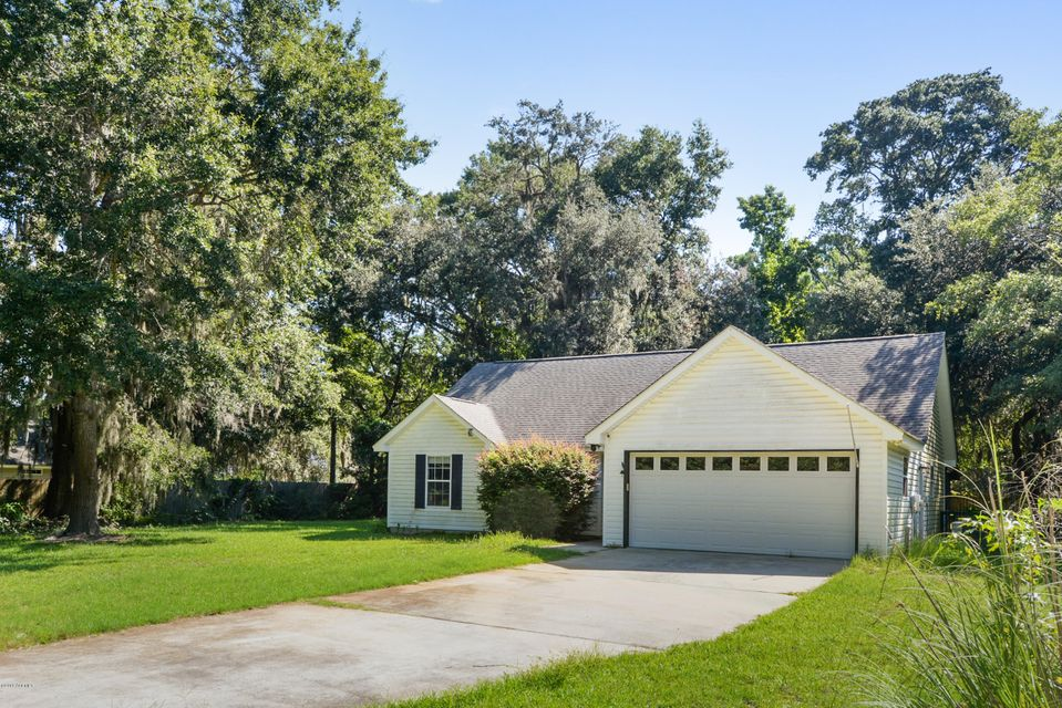 Photo of 3 Purdy Way, Beaufort, SC 29907